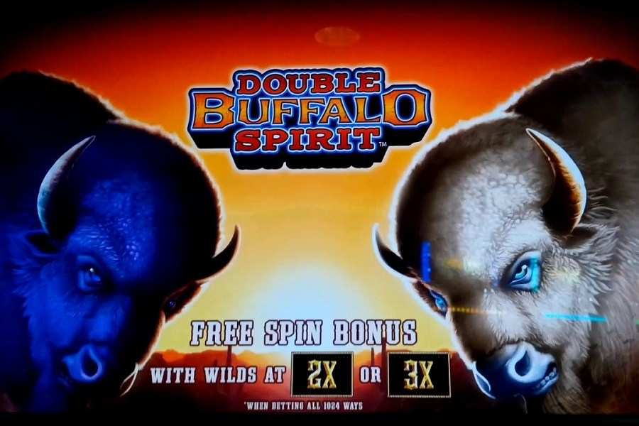 Play Double Buffalo Spirit Slot